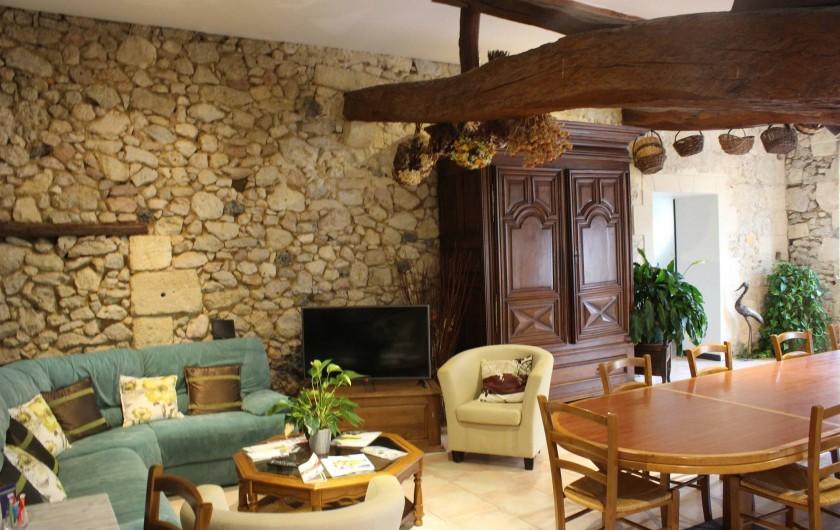 Location de vacances - Chambre d'hôtes à Cubnezais - Le coin salon