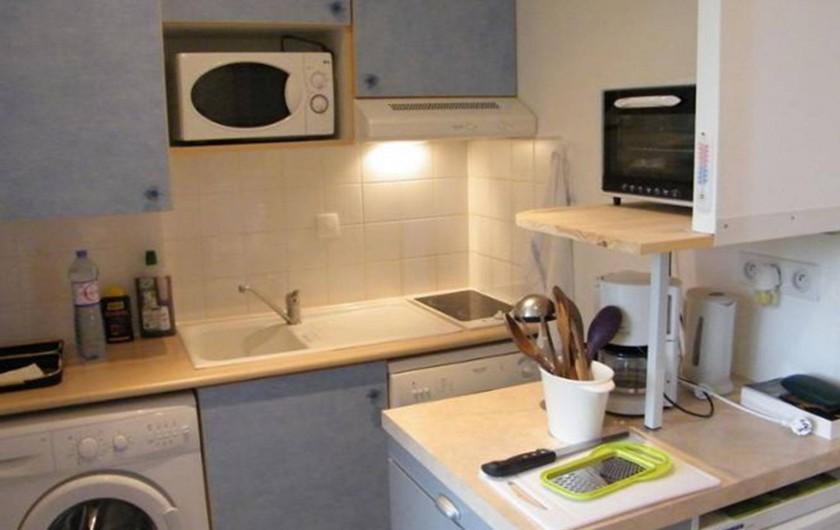 Location de vacances - Studio à Rochefort - coin cuisine