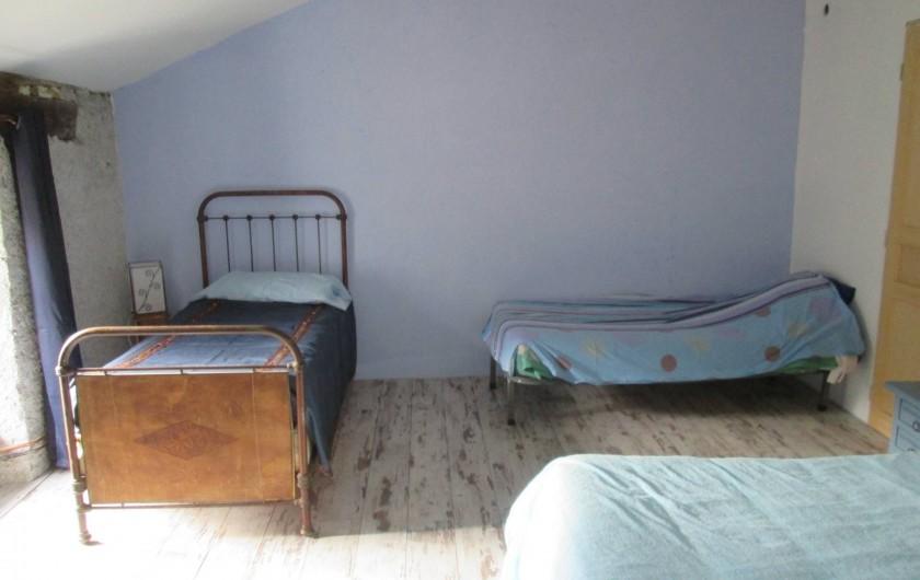 Location de vacances - Gîte à Malvezie - La chambre Azur