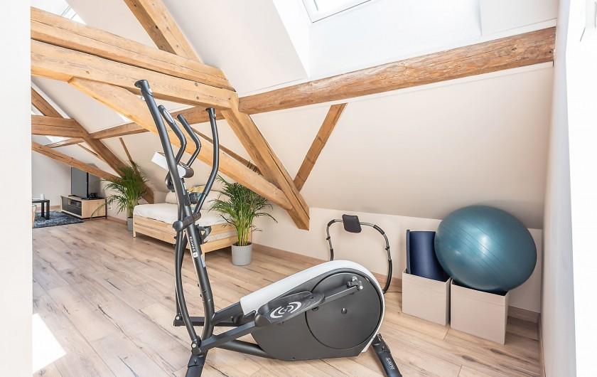 Location de vacances - Gîte à Ungersheim - La Salle de Jeu / Coin Fitness