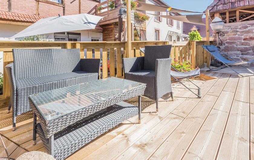 Location de vacances - Gîte à Ungersheim - La Piscine / Terrasse