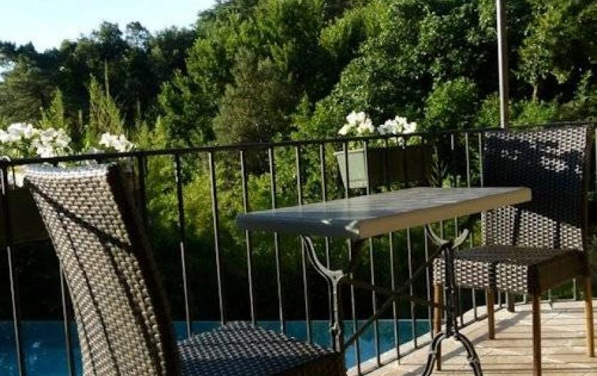 Location de vacances - Chambre d'hôtes à La Garde-Freinet - terrasse cabanon