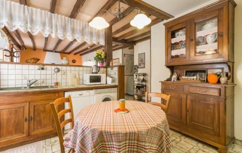 Location de vacances - Gîte à Châtellenot - Cuisine ouverte, équipée