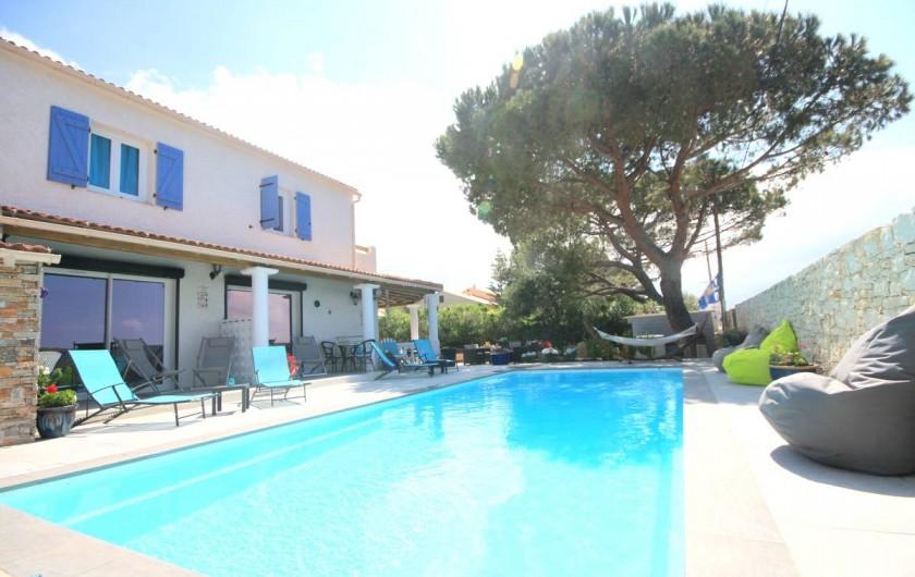 Location de vacances - Appartement à Saint-Florent - Piscine chauffée.