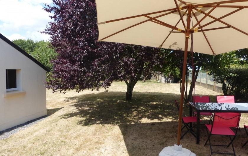 Location de vacances - Maison - Villa à Pénestin - Jardin sur le côté de la maison
