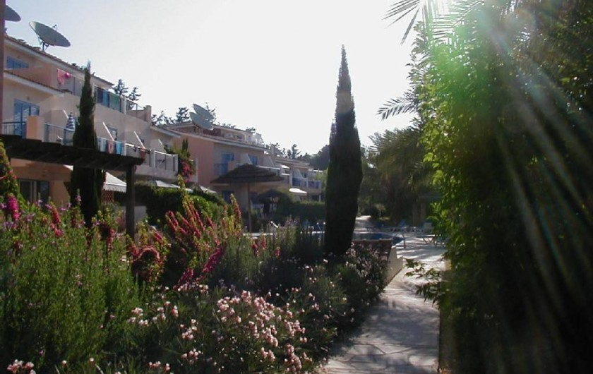 Location de vacances - Appartement à Kato Paphos - En allant à une des 2 piscines de la résidence