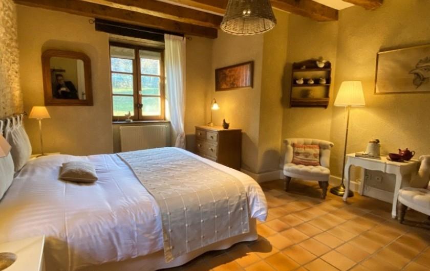 """Location de vacances - Chambre d'hôtes à Saint-Crépin-et-Carlucet - Chambre """"Eugénie"""" 2 personnes"""