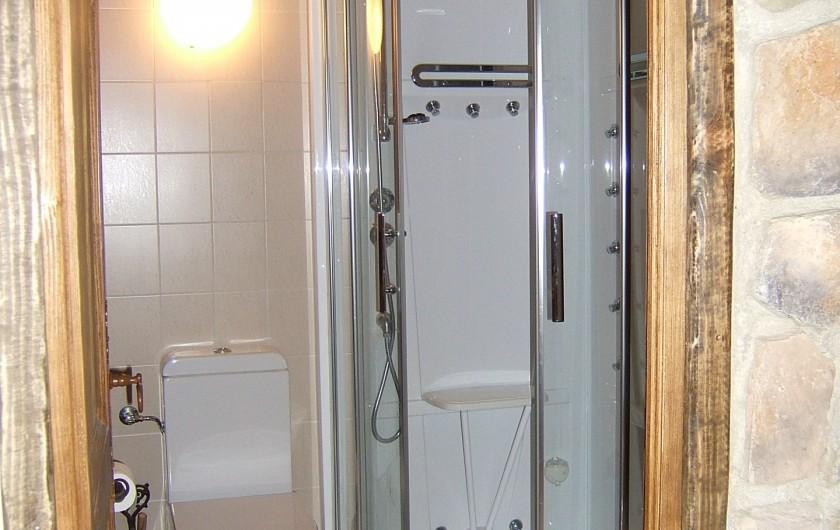 Location de vacances - Appartement à Saint-Gervais-les-Bains - Salle de douche et w-c