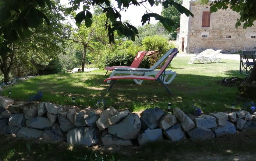 Location de vacances - Gîte à Charensat - Sous le marronnier