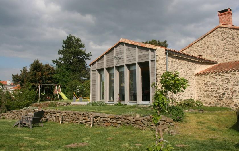 Location de vacances - Gîte à Château-Guibert - Détail du jardin
