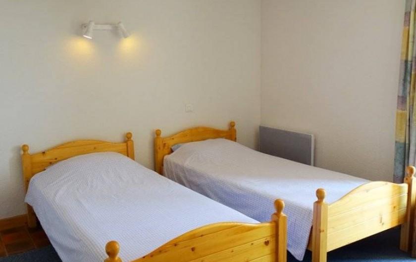 Location de vacances - Maison - Villa à Poisson - La deuxième chambre avec les 2 lits 80x200cm