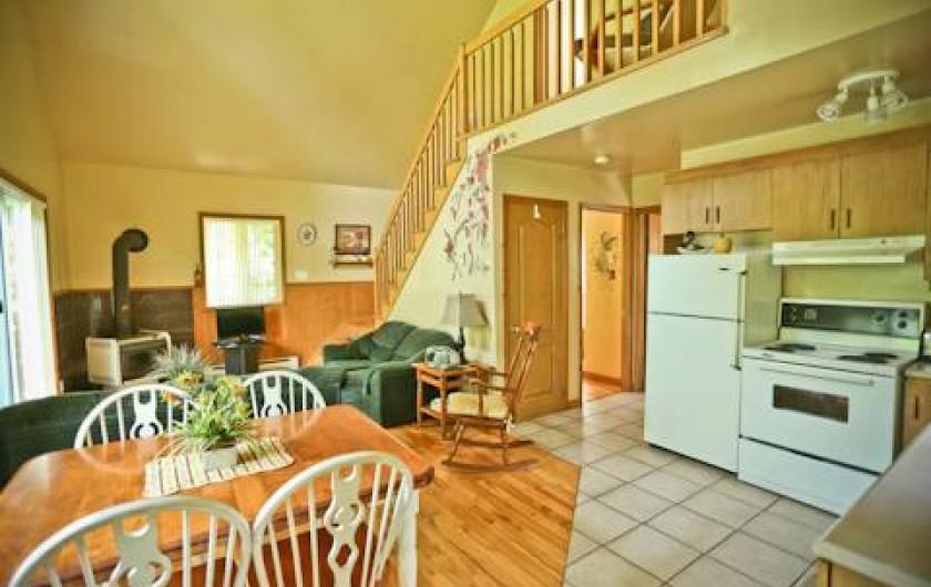 Location de vacances - Chalet à Shawinigan - 4500-intérieur chalet 2 chambres