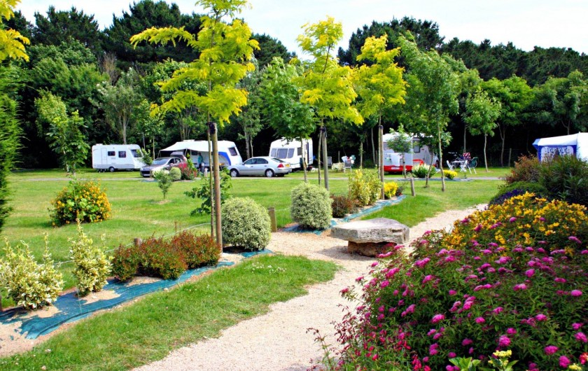 Location de vacances - Camping à Sarzeau - Emplacement spacieux de camping