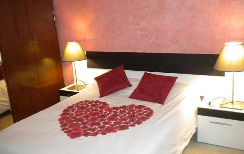 Location de vacances - Appartement à L'Estartit - CHAMBRE PARENTALE AVEC TV AVEC VENTILATEUR AU PLAFOND
