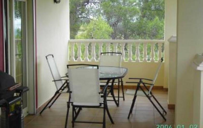 Location de vacances - Appartement à Carcaixent - Terrasse privée vue 2