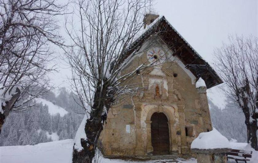 Location de vacances - Appartement à Saint-Sorlin-d'Arves - Chapelle des prés plans Une des six chapelles du village