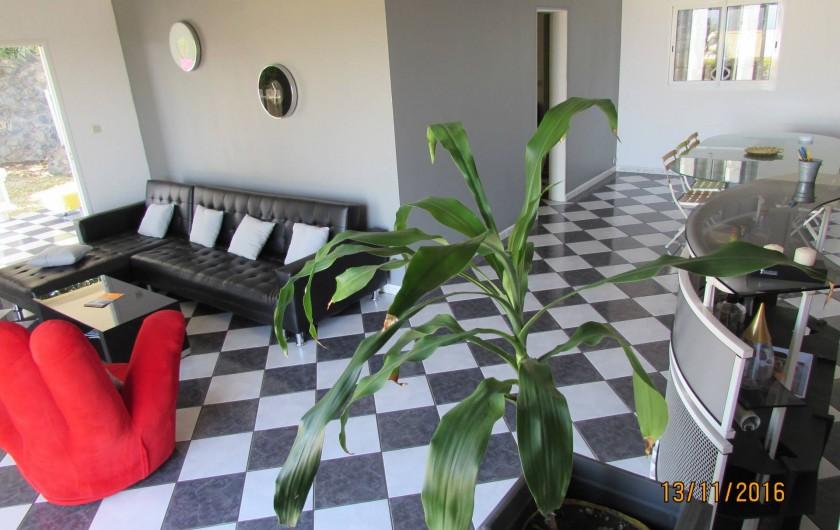 Location de vacances - Villa à Bois De Nèfles - Séjour / salle à manger