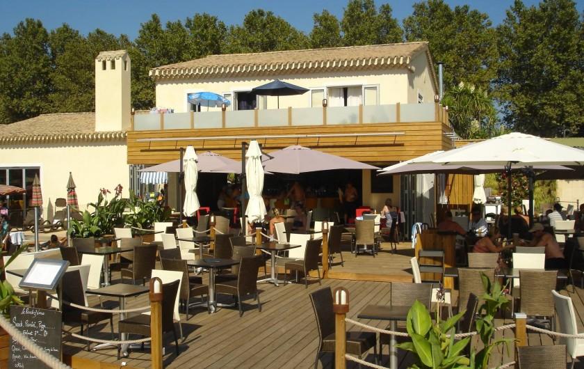 Location de vacances - Bungalow - Mobilhome à Grimaud - Restaurant du camping
