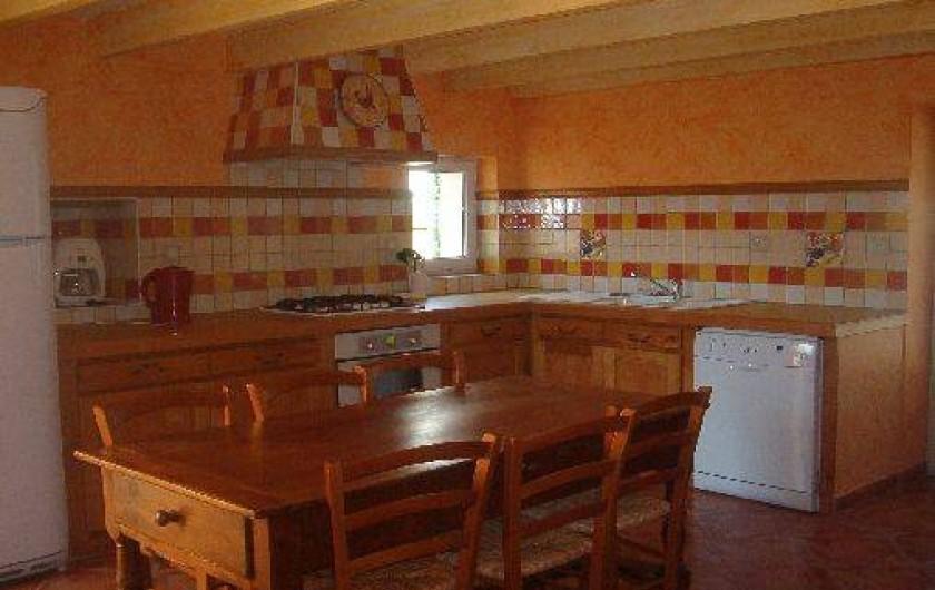 Location de vacances - Gîte à Saint-Méard-de-Gurçon - cuisine de l'annexe