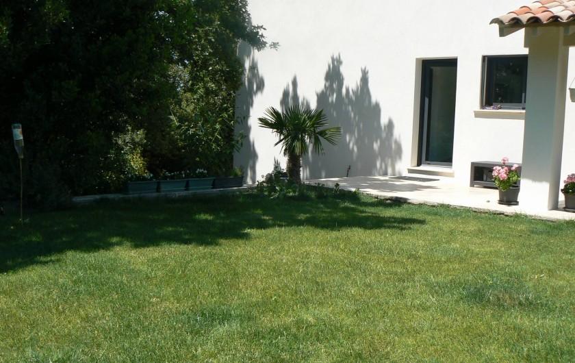 Location de vacances - Mas à Eyragues - entrée maison