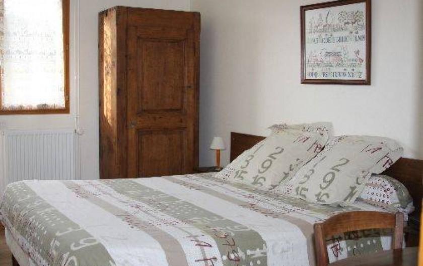 Location de vacances - Chambre d'hôtes à Saint-Lattier - chambre 1
