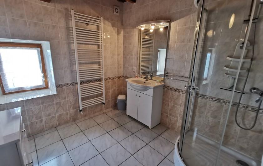 Location de vacances - Gîte à La Livinière - Salle de bain n° 1