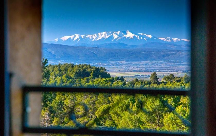 Location de vacances - Gîte à La Livinière - vue de la fenetre de la chambre du haut
