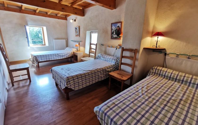 Location de vacances - Gîte à La Livinière - chambre 2 au 1er étage