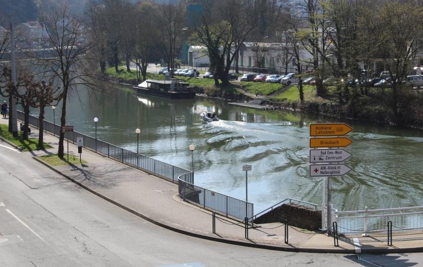 Location de vacances - Appartement à Bad Ems - Vue balcon - rivière Lahn