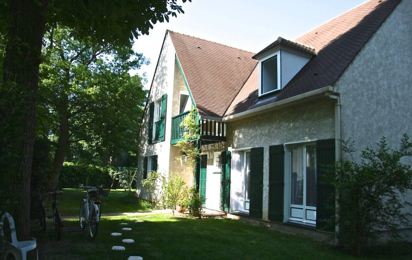 Location de vacances - Chambre d'hôtes à Maisons-Laffitte - Entrée de la maison d'hôtes