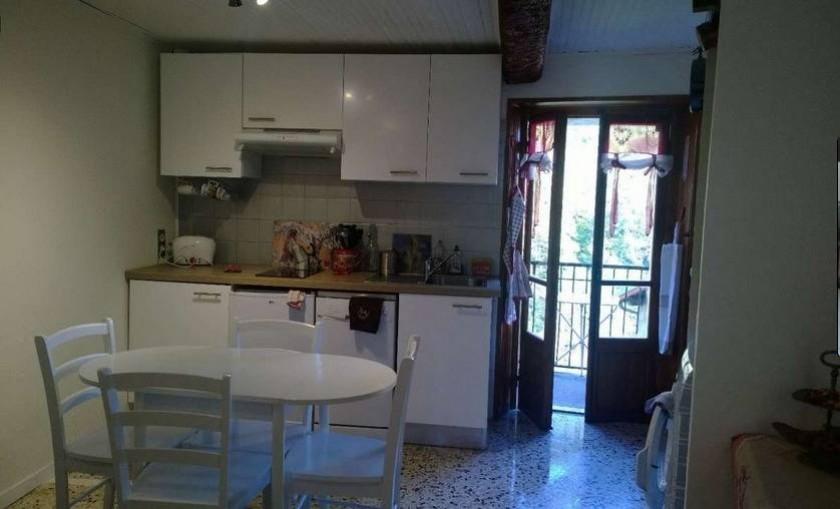 Salon cuisine au Rdc avec balcon