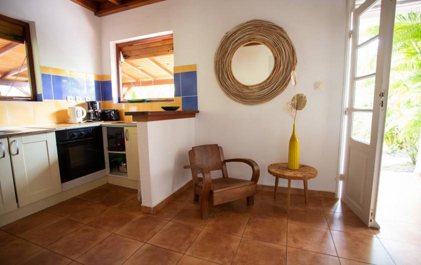 Location de vacances - Villa à Sainte-Anne - Chambre 2 du bas villa TOTOBOIS