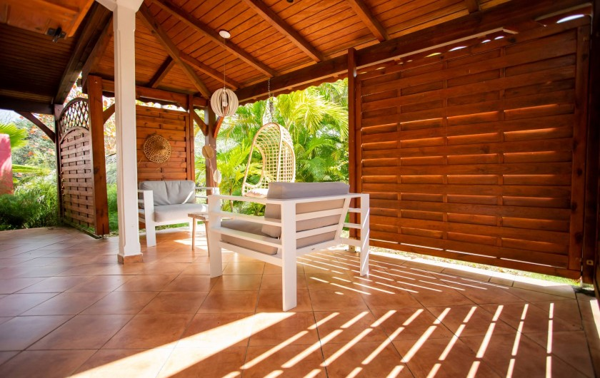 Location de vacances - Villa à Sainte-Anne - Vue panoramique sur les iles Marie-Galante Petite Terre de la piscine