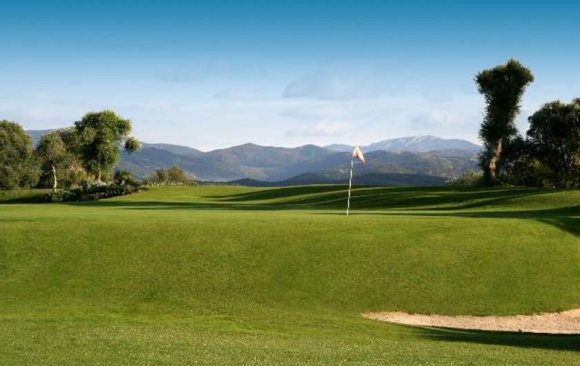 Location de vacances - Villa à Benalup-Casas Viejas - Golf 18 trous rénové en 2017 avec départ n°1 à 50 m de la villa