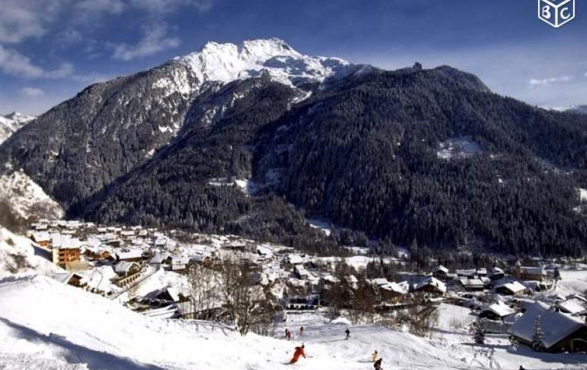 Location de vacances - Appartement à Champagny-en-Vanoise - Vue du bas des pistes