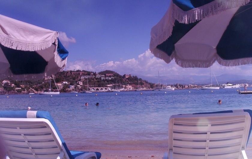 Location de vacances - Mas à Grasse - La mer à quelques kilomètres...