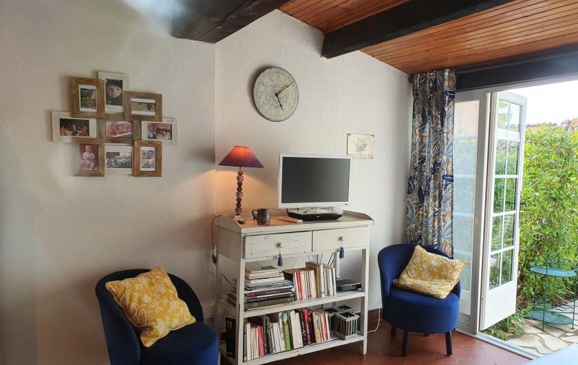 Location de vacances - Mas à Grasse - Le salon