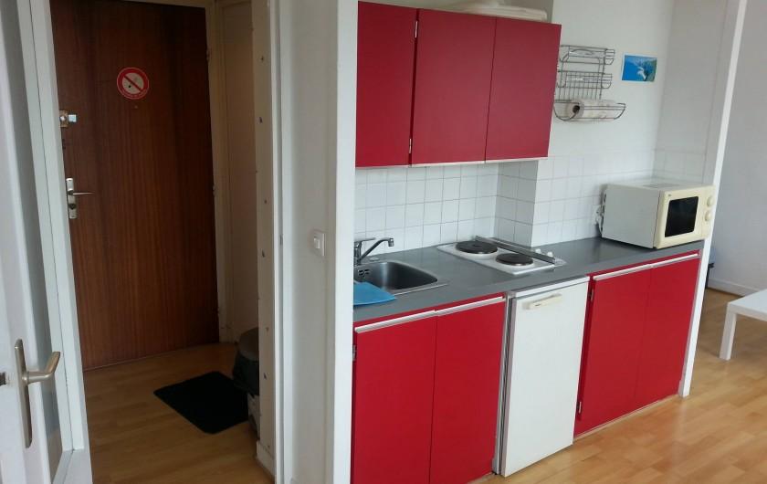 Location de vacances - Studio à Fécamp - Coin cuisine et entrée