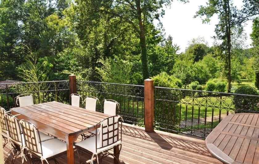 Location de vacances - Maison - Villa à Payrac - Vue sur le par cet soleil couchant