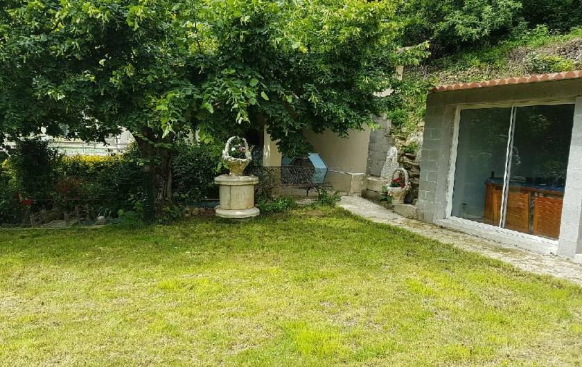 Maison 10 personnes avec piscine couverte asperjoc - Location maison avec piscine couverte ...
