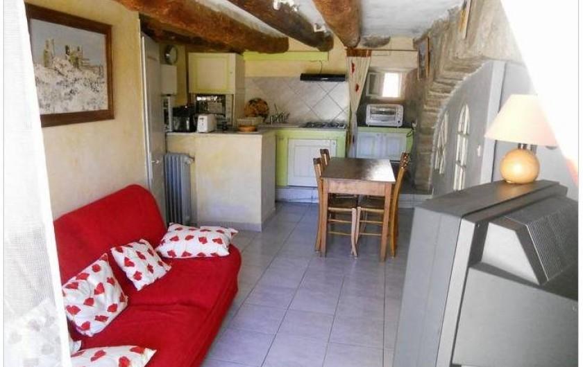 Location de vacances - Gîte à Mas-d'Orcières - La pièce  à vivre coin salon et coin repas