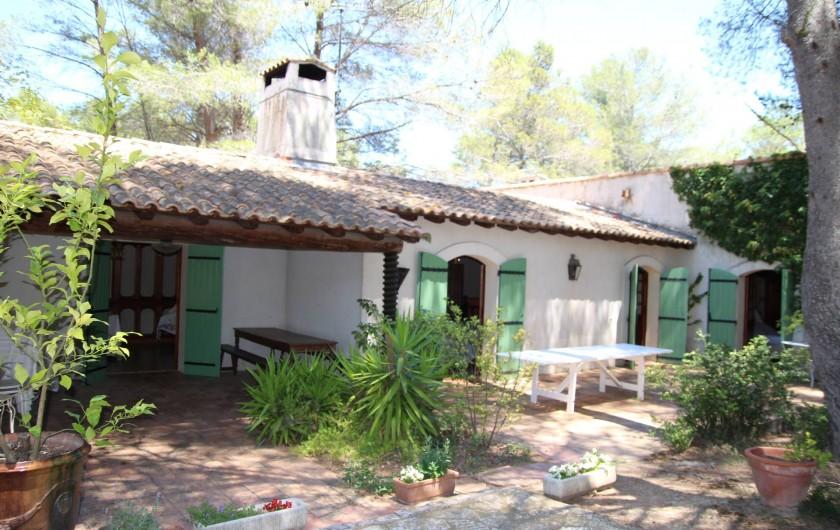 Location de vacances - Mas à Paradou - La salle de bain de la chambre 5