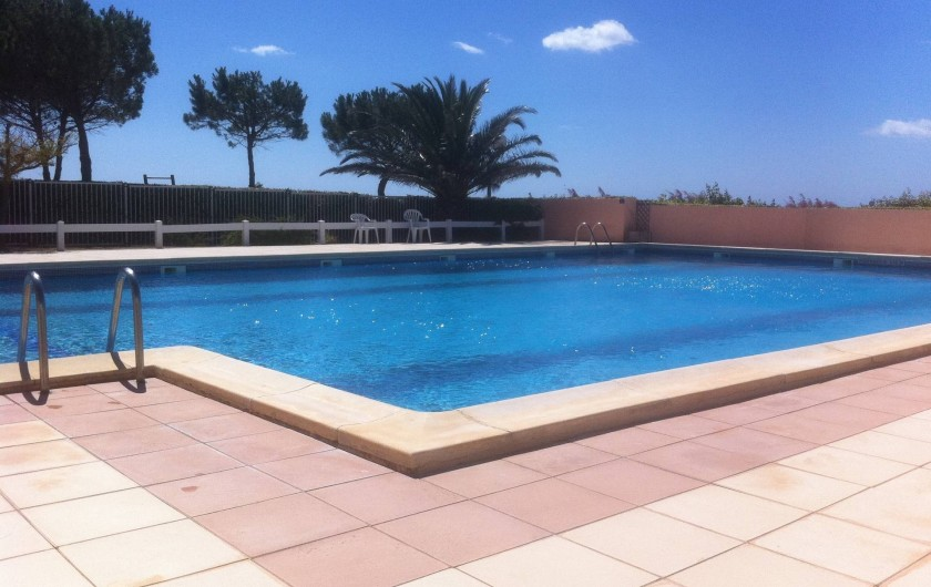 Location de vacances - Appartement à Saint-Pierre la Mer - Piscine