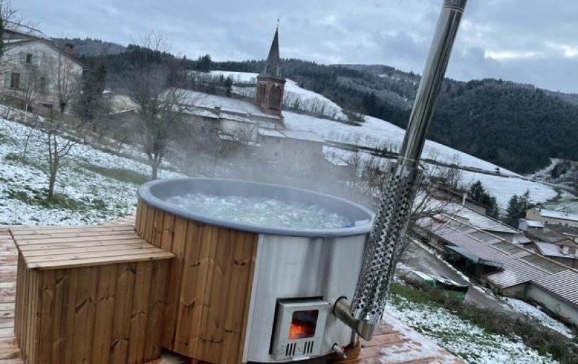 Location de vacances - Appartement à Valsonne - La neige est tombée alors rien de mieux qu'un bain bien chaud