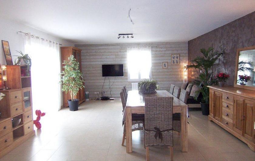 Location de vacances - Villa à Bouillargues - Vue de la cuisine, Très spacieux