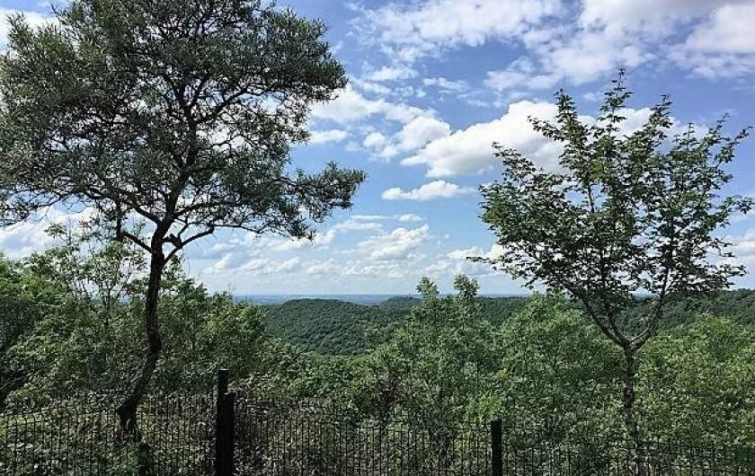 Location de vacances - Appartement à Fontain - belvédère: vue somptueuse sur les collines de Besançon