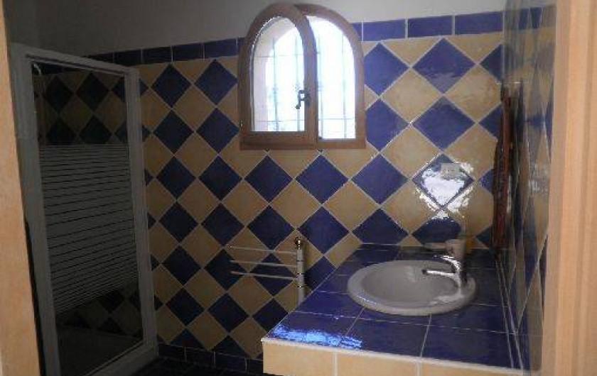 Location de vacances - Chambre d'hôtes à Cotignac - Salle de bain wc l'Olivette