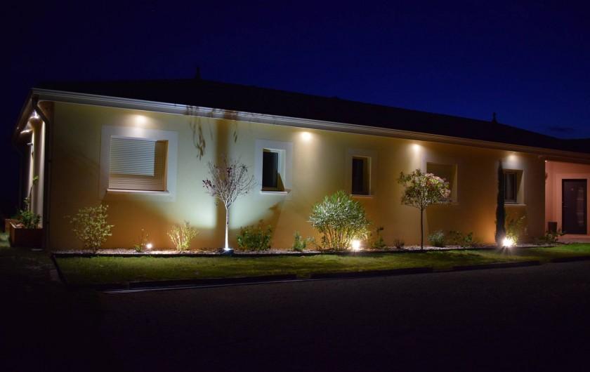 Location de vacances - Chambre d'hôtes à Marcillac-Saint-Quentin - Parking