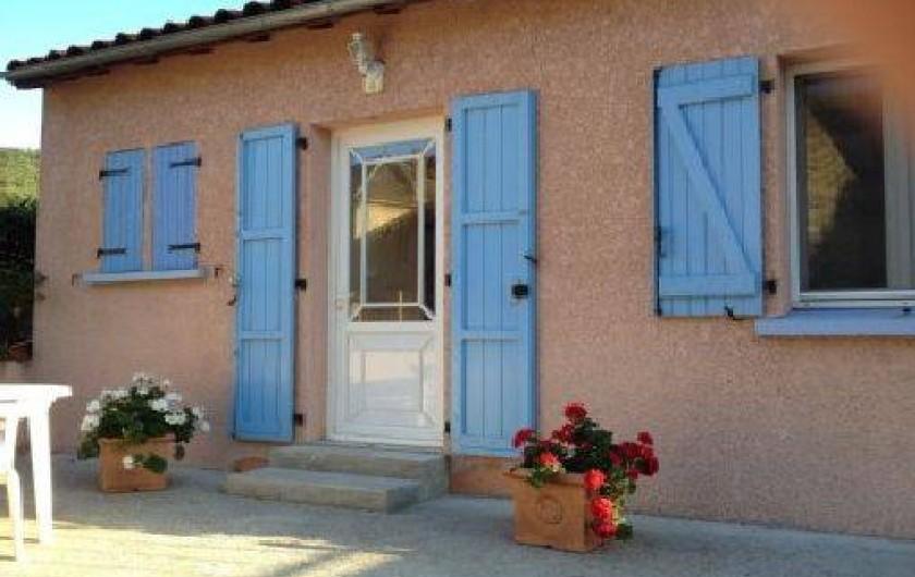 Location de vacances - Maison - Villa à Grenier-Montgon - Facade sur rue