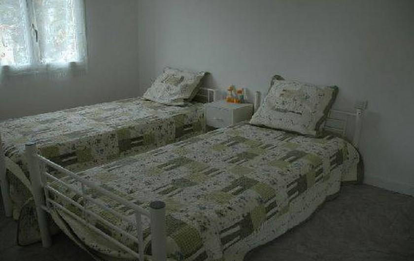 Location de vacances - Appartement à Hyères - Chambre 2, 2 lits